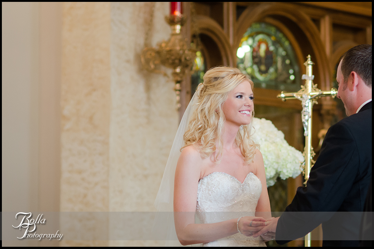 008-Bolla-Photography-wedding-Germantown-IL-ceremony-church-bride-groom-vows-rings-Albers.jpg
