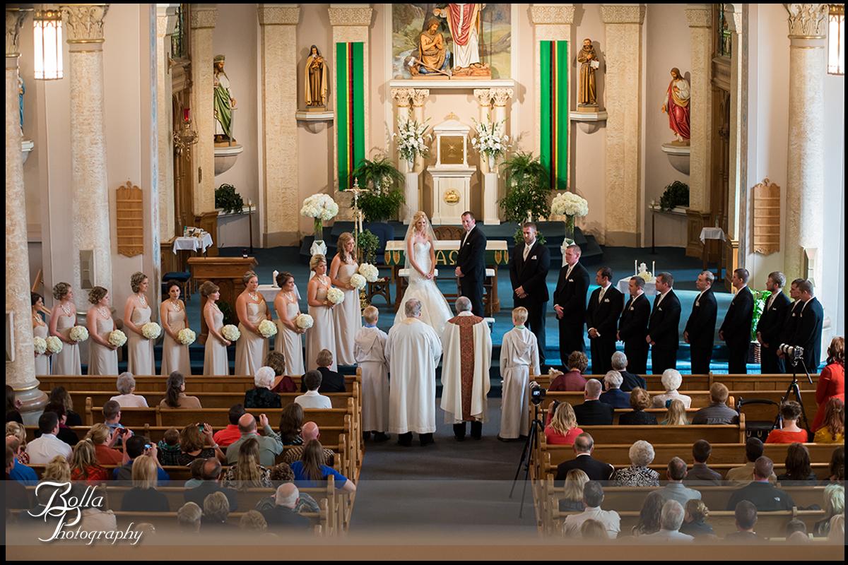 009-Bolla-Photography-wedding-Germantown-IL-ceremony-church-bride-groom-vows-bridesmaids-groomsmen-Albers.jpg