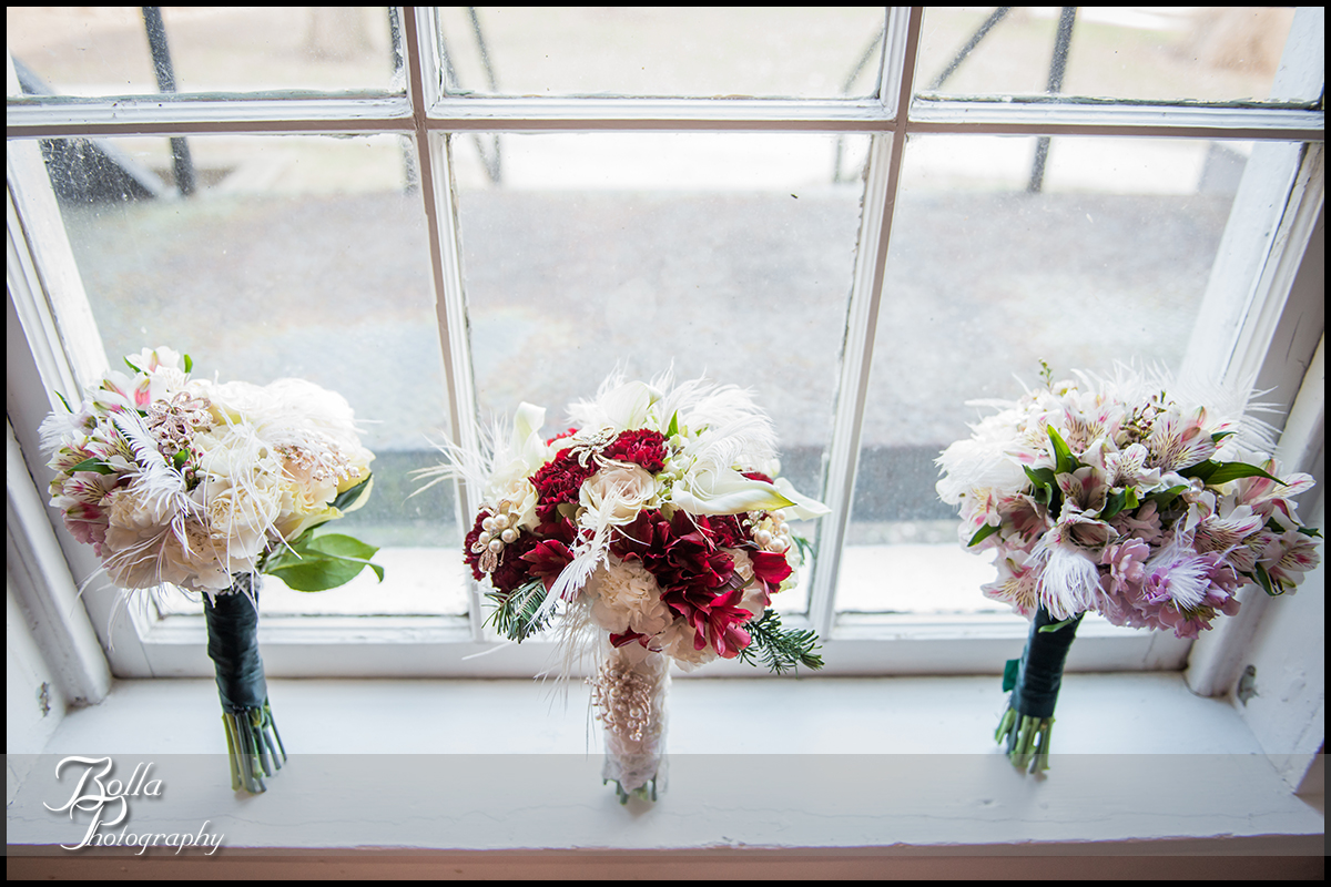 007-Bolla-Photography-Saint-Louis-wedding-photographer-McKendree-Bothwell-Chapel-Lebanon-IL-ceremony-Regency-OFallon-IL-reception-details-flowers-bride-bridesmaids-bouquet-red-green-pink-window-McCla.jpg