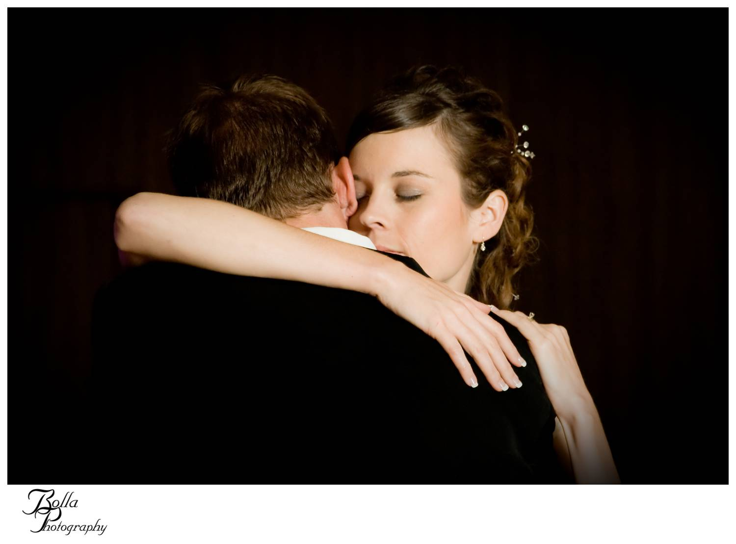 wedding-photography-first-dance-anniversary-contest-