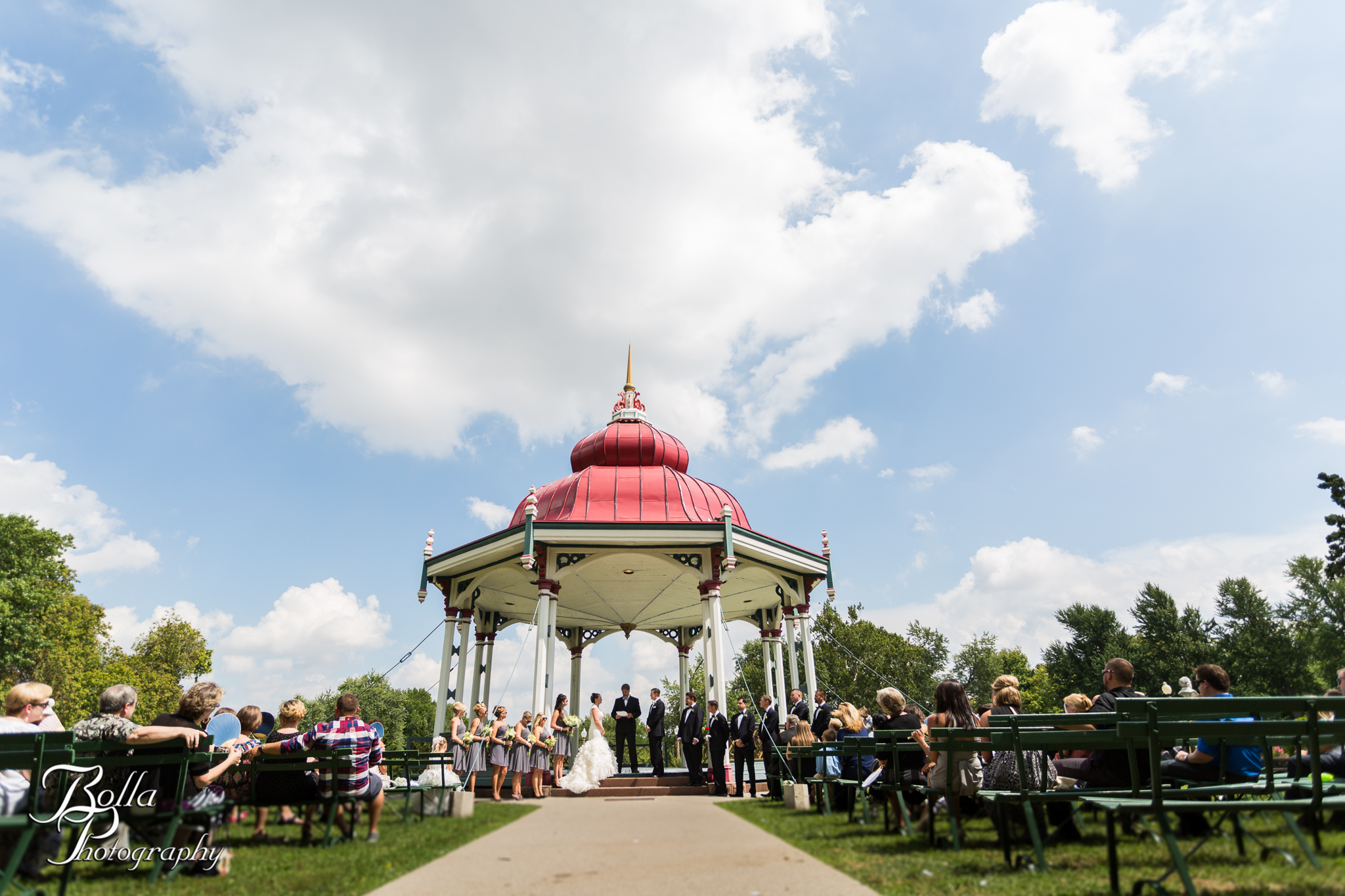 tower-grove-park-wedding-music-stand-outdoor-ceremony