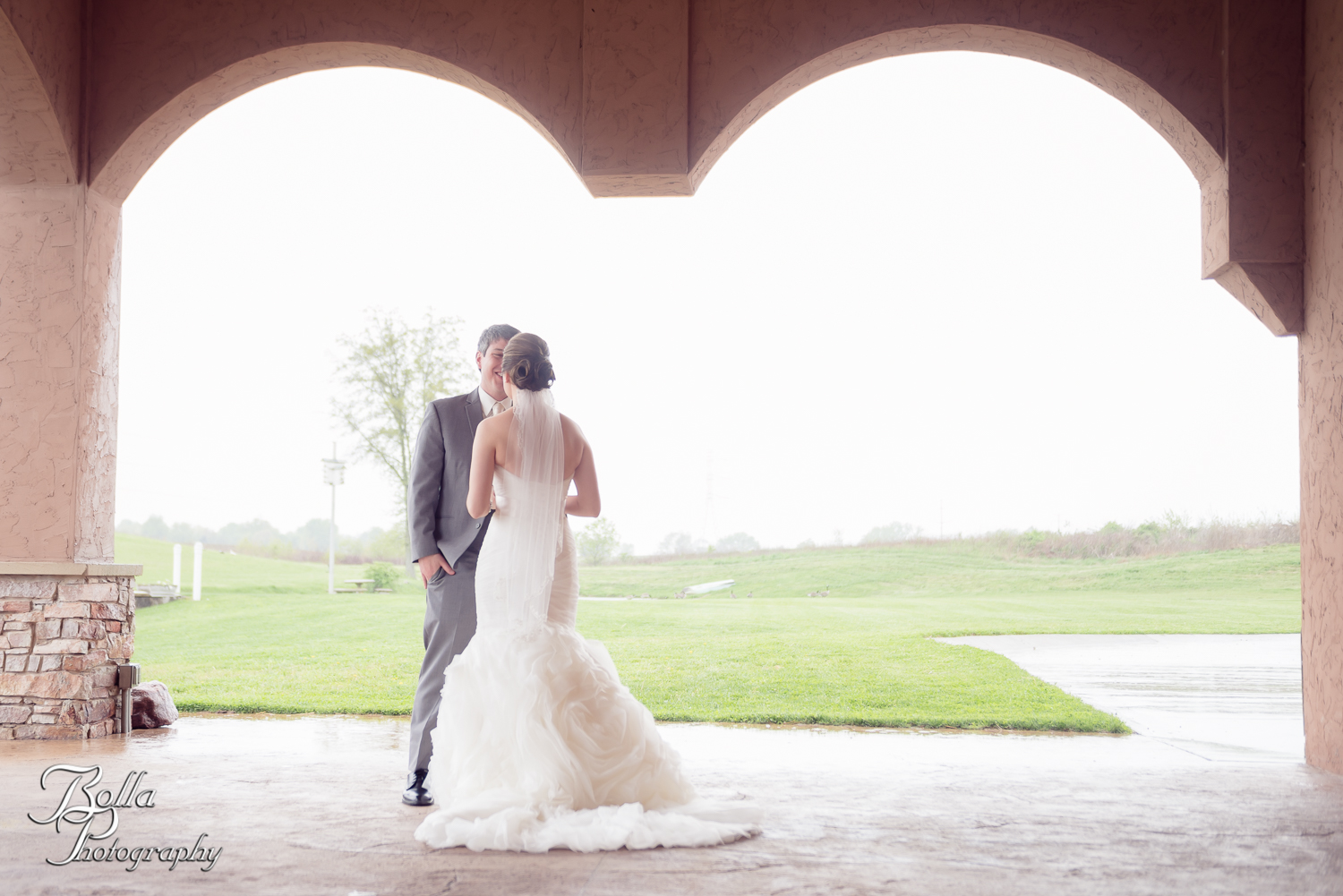Bolla_Photography_St_Louis_wedding_photographer_Villa_Maire_Winery-0109.jpg