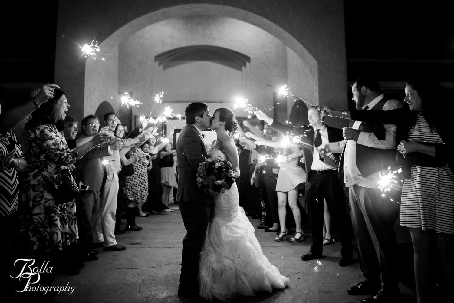 Bolla_Photography_St_Louis_wedding_photographer_Villa_Maire_Winery-0612.jpg