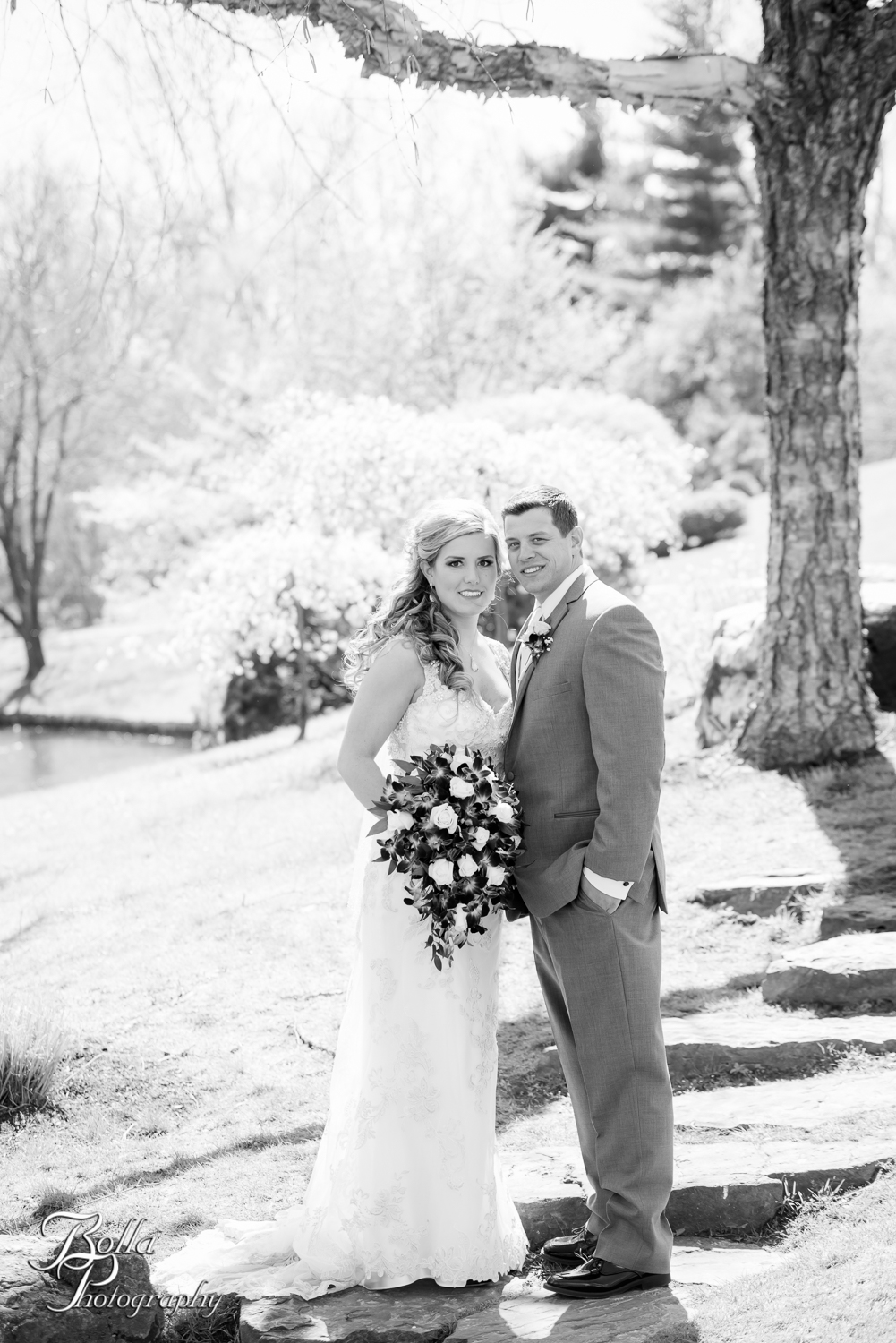 Bolla_Photography_St_Louis_wedding_photographer_Morgando_Blues_hockey_Botanical_Gardens_spring-0005-2.jpg