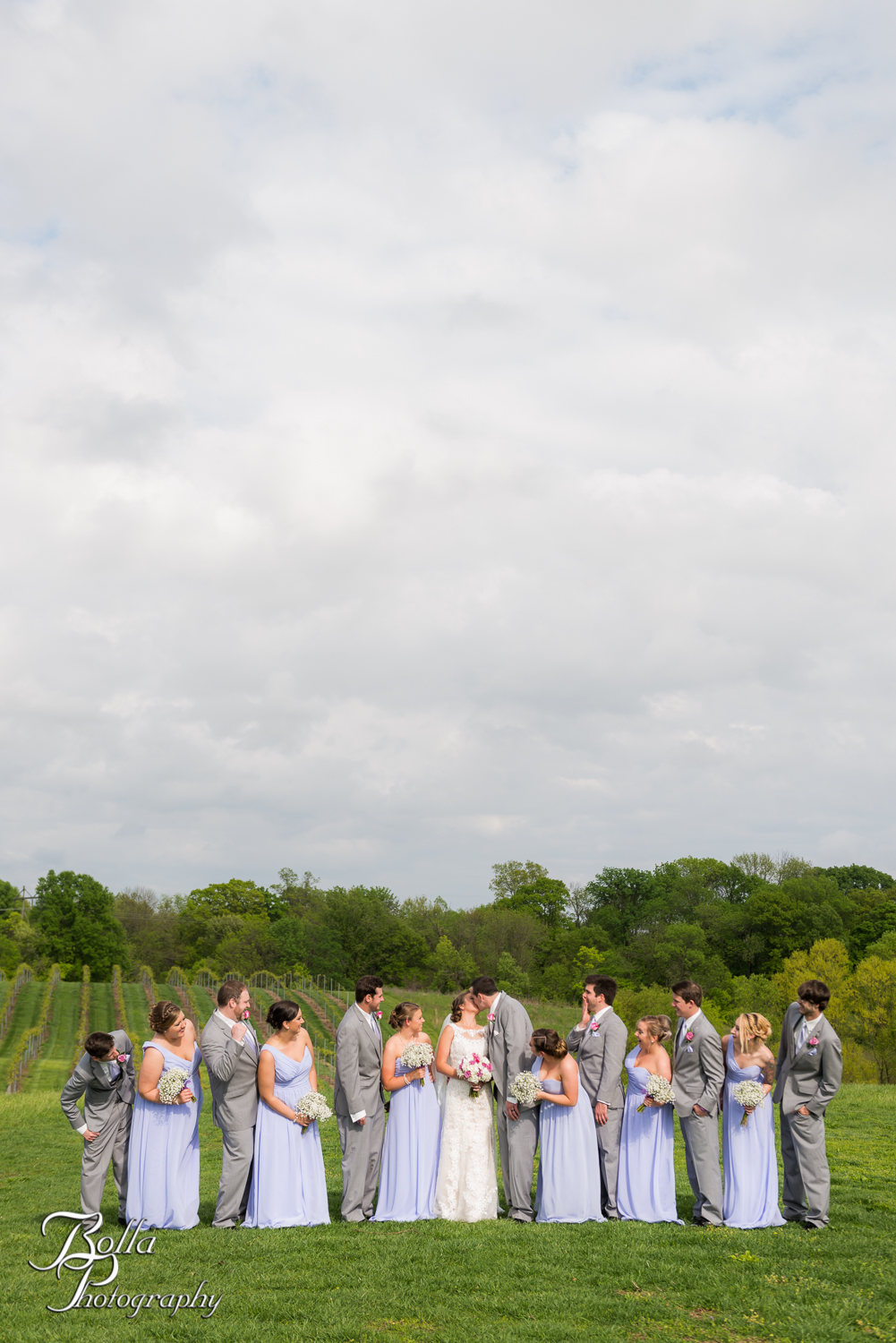 Bolla_Photography_St_Louis_wedding_photographer_Villa_Marie_Winery-0269.jpg