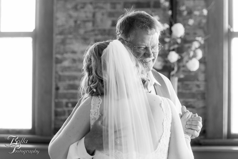 Bolla_Photography_St_Louis_wedding_photographer_Wildey_Theater_Edwardsville-0392.jpg
