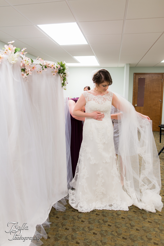 Bolla_Photography_St_Louis_wedding_photographer_Alton_IL__Baptist_Church-0041.jpg