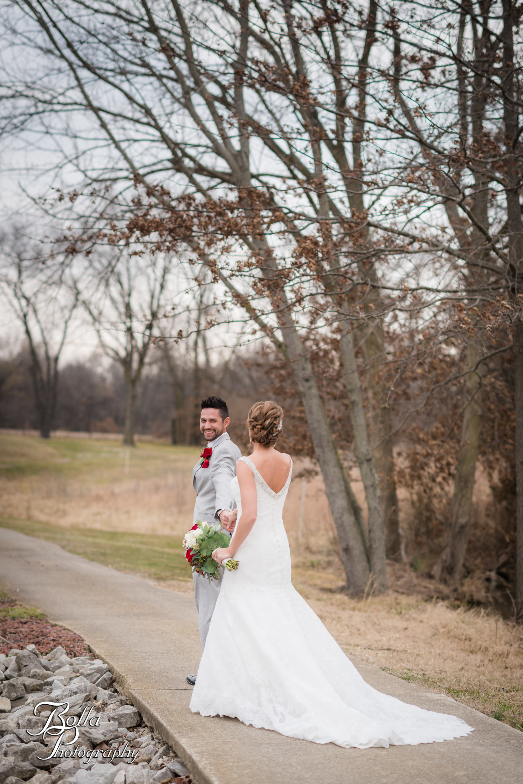 Bolla_photography_edwardsville_wedding_photographer_st_louis_weddings_highland_Allen_Warren_winter_red-0153.jpg