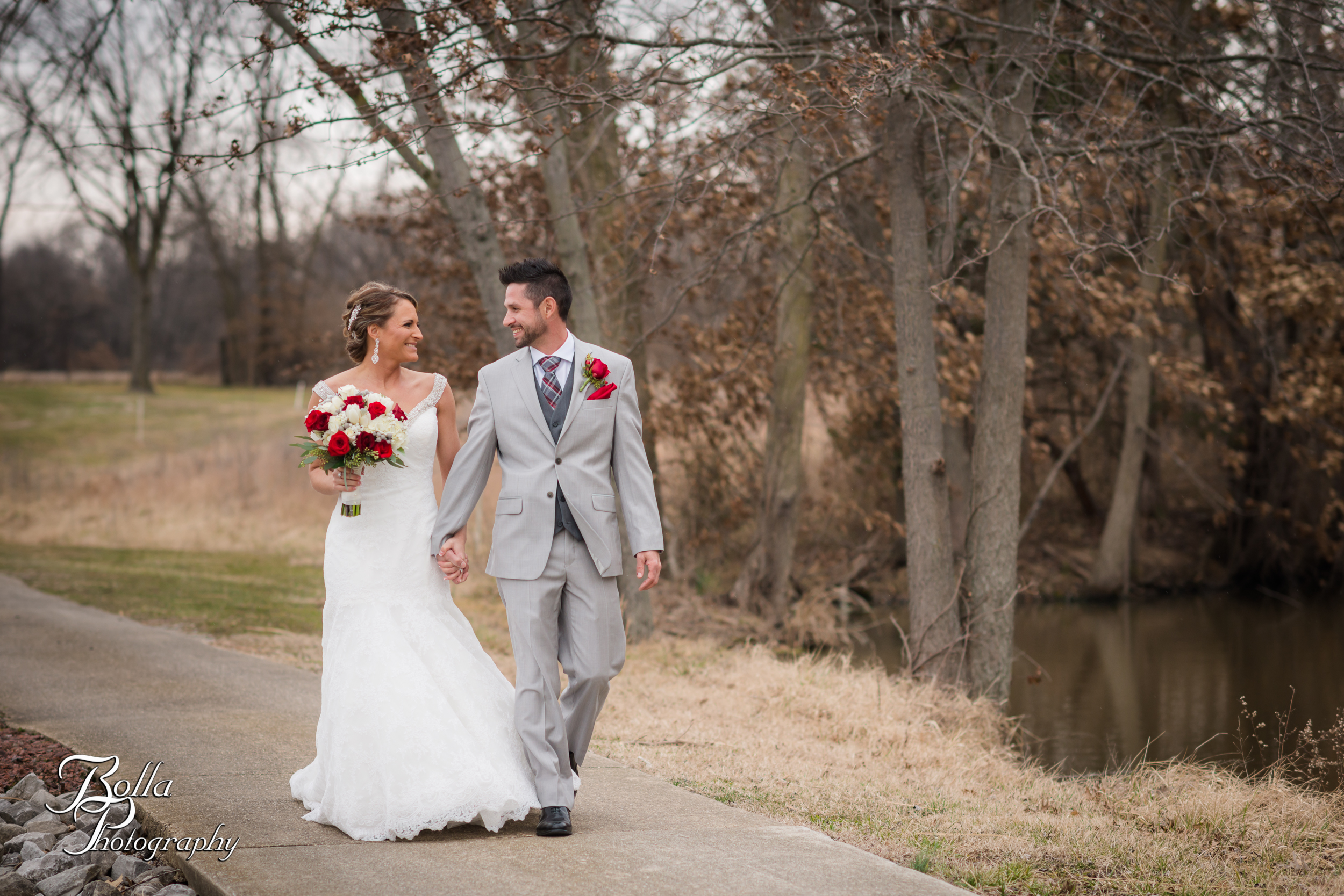 Bolla_photography_edwardsville_wedding_photographer_st_louis_weddings_highland_Allen_Warren_winter_red-0005.jpg
