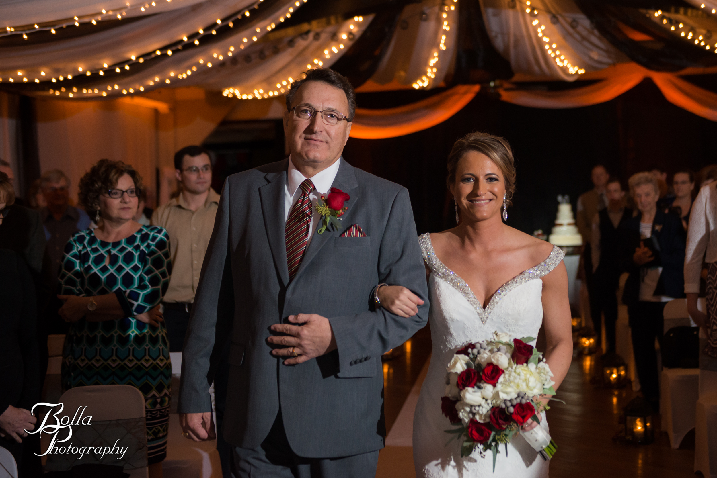Bolla_photography_edwardsville_wedding_photographer_st_louis_weddings_highland_Allen_Warren_winter_red-0218.jpg