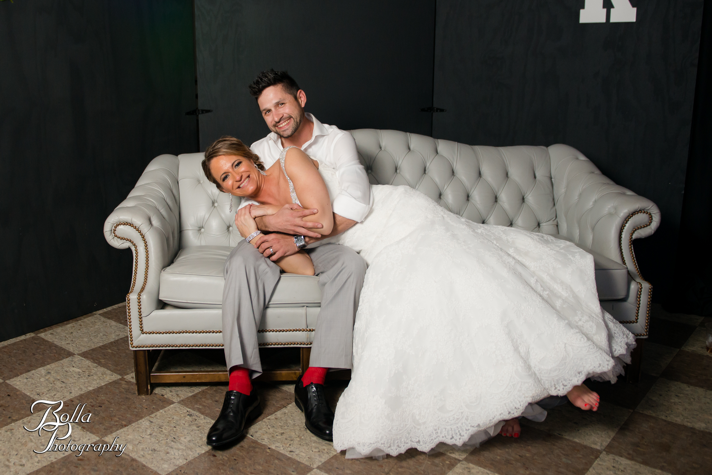 Bolla_photography_edwardsville_wedding_photographer_st_louis_weddings_highland_Allen_Warren_winter_red-0559.jpg