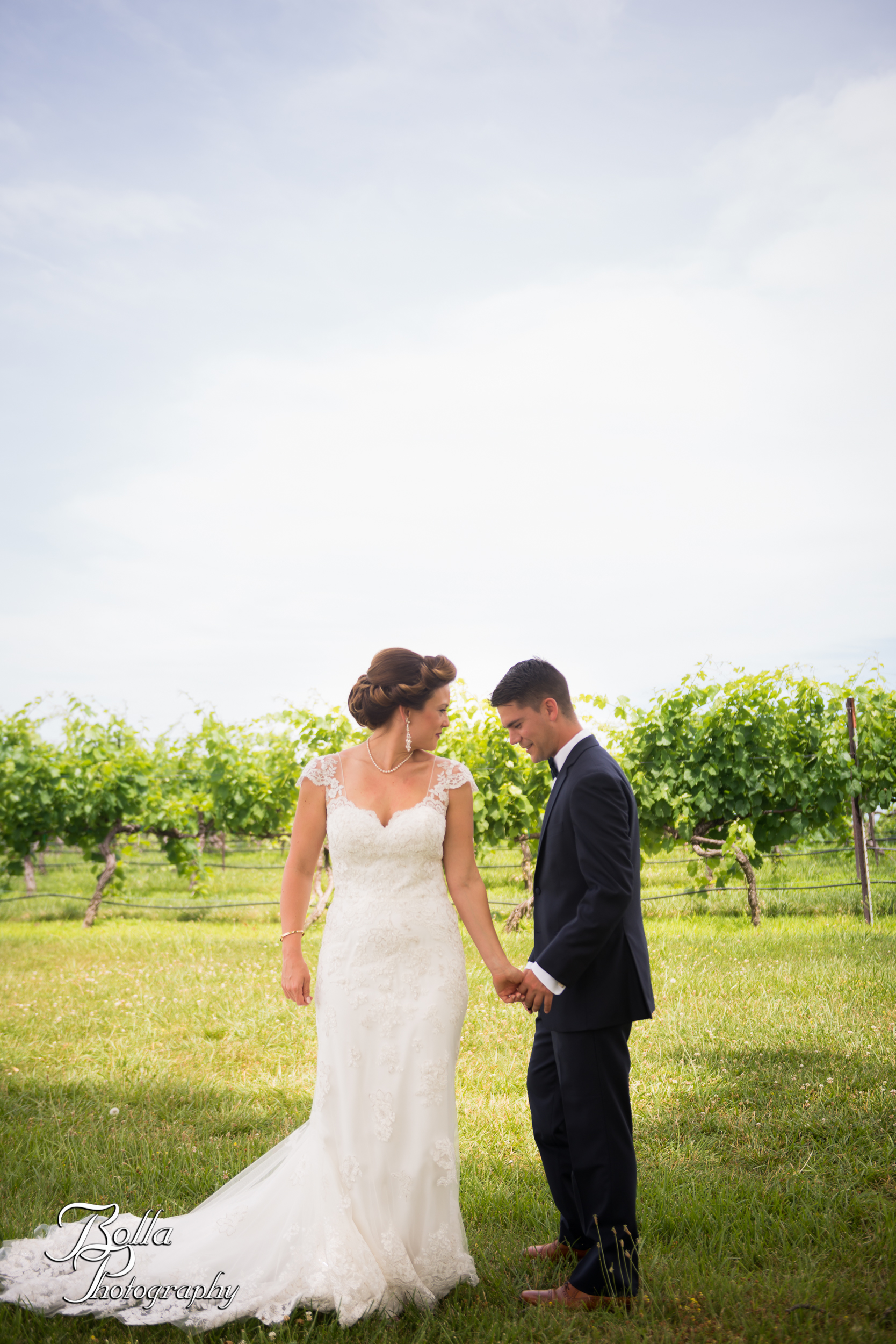 Bolla_photography_edwardsville_wedding_photographer_st_louis_weddings_Chaumette_winery_Mikusch-0137.jpg