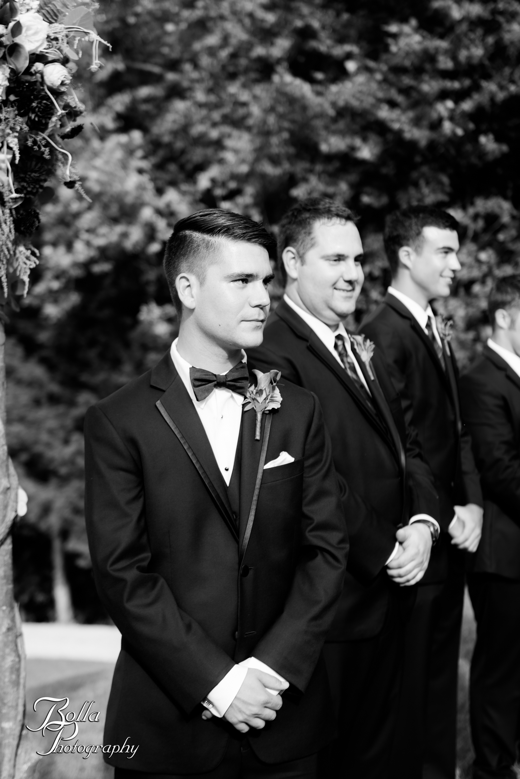Bolla_photography_edwardsville_wedding_photographer_st_louis_weddings_Chaumette_winery_Mikusch-0341.jpg