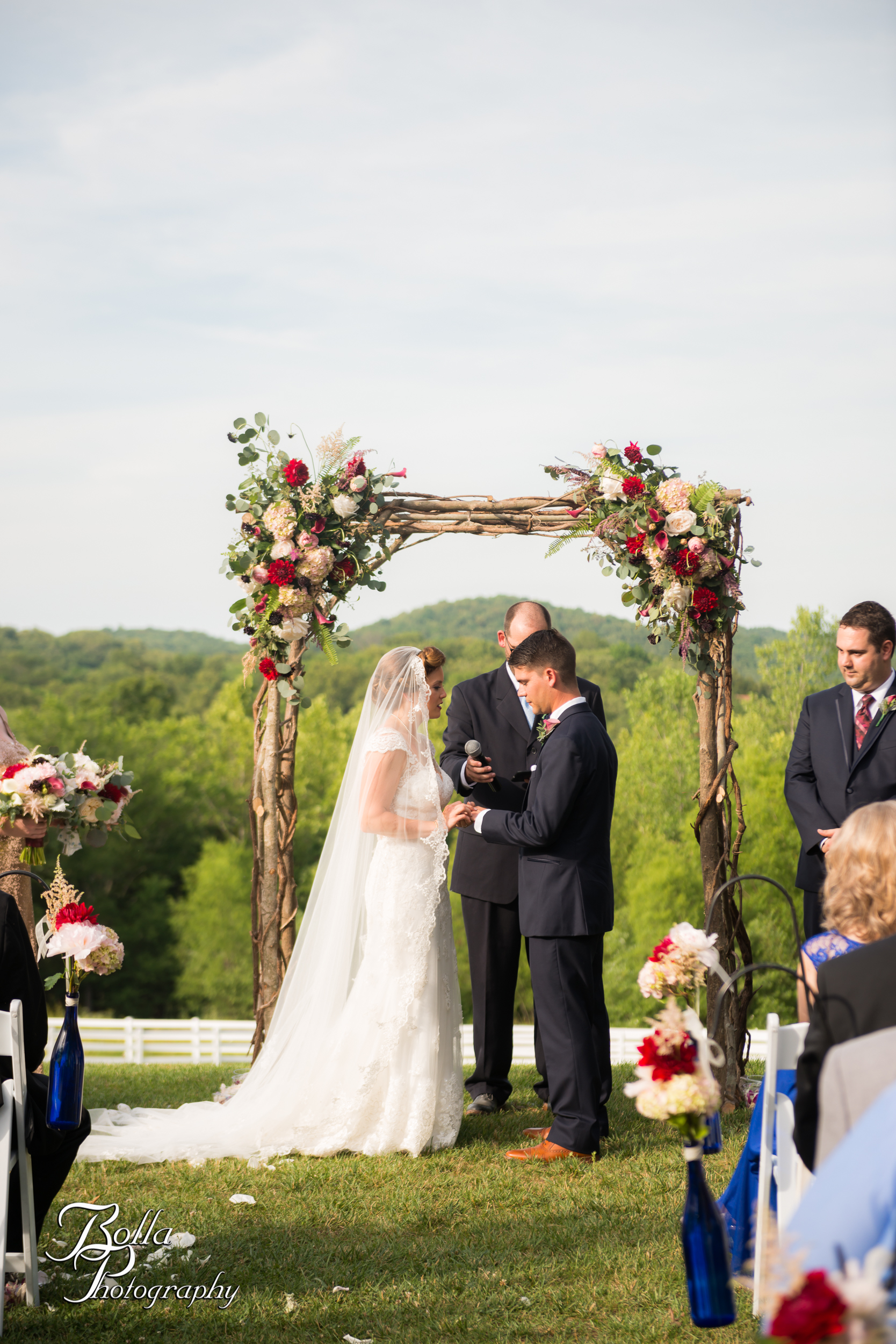 Bolla_photography_edwardsville_wedding_photographer_st_louis_weddings_Chaumette_winery_Mikusch-0407.jpg