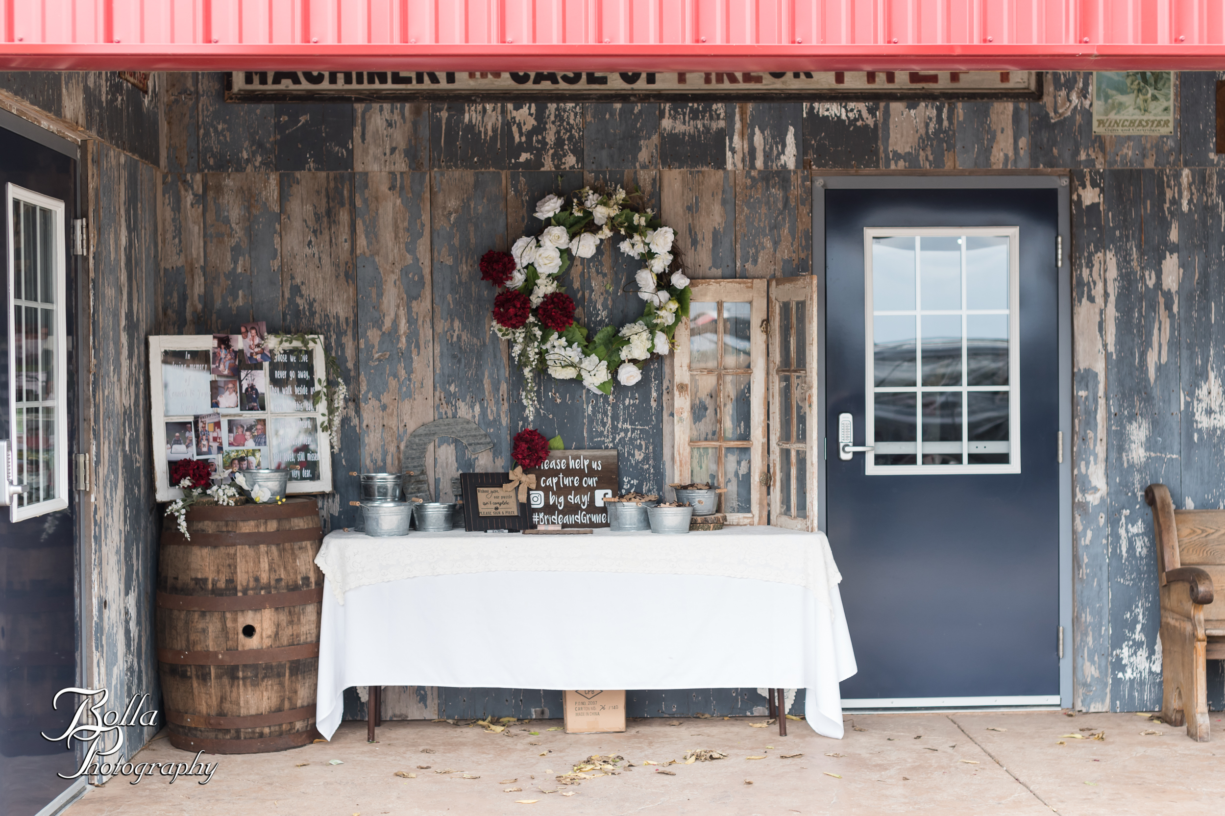 Bolla_photography_edwardsville_wedding_photographer_st_louis_weddings_Amber_Korsmeyer_Kyle_Gruner_Schwarz_Barn_blue_jeans_pickup_truck_autumn-0093.jpg