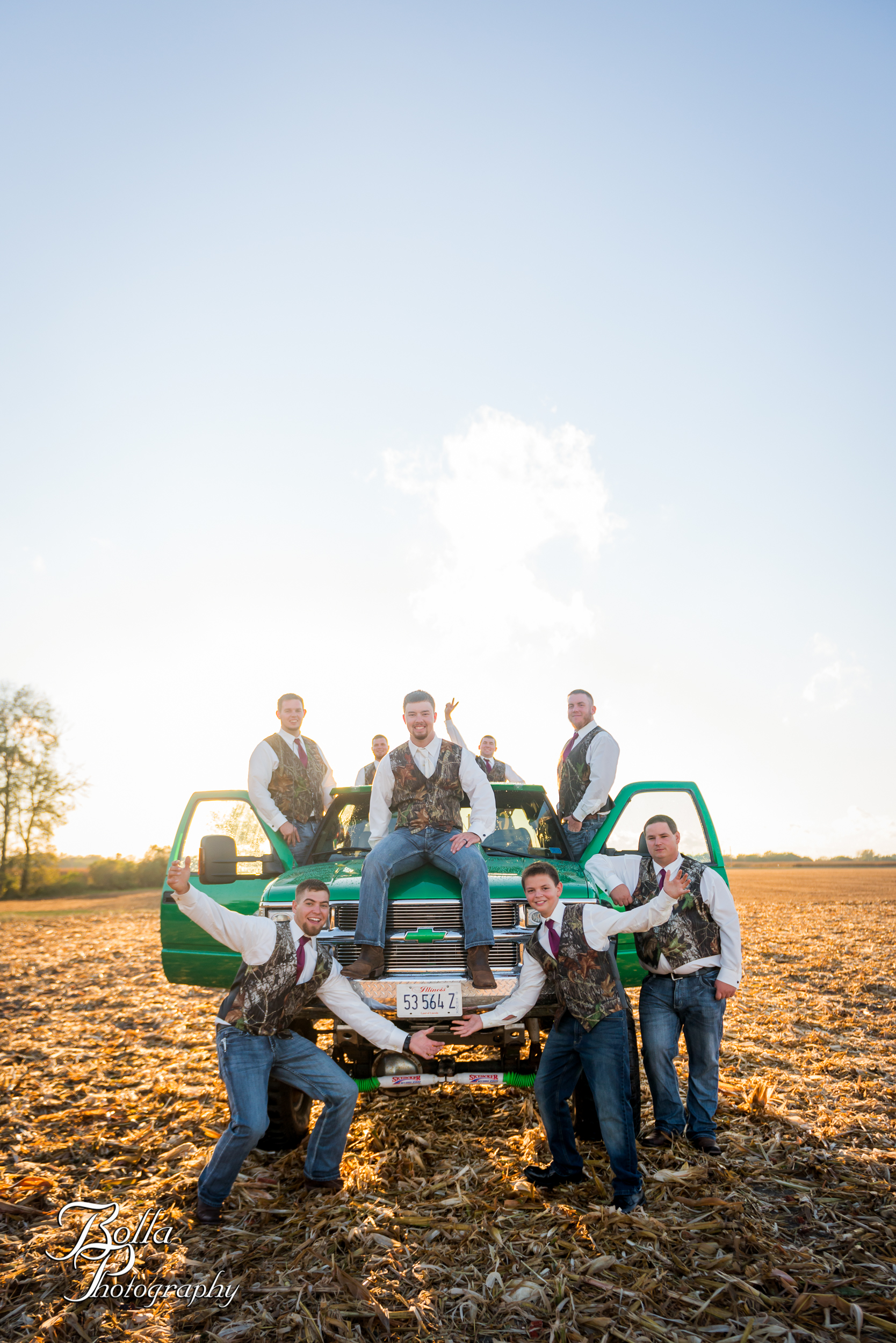 Bolla_photography_edwardsville_wedding_photographer_st_louis_weddings_Amber_Korsmeyer_Kyle_Gruner_Schwarz_Barn_blue_jeans_pickup_truck_autumn-0321.jpg