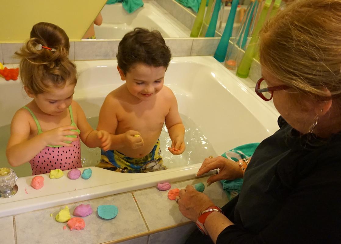 Pate A Modeler Pour Le Bain pâte à modeler savonneuse pour le bain — je suis une maman