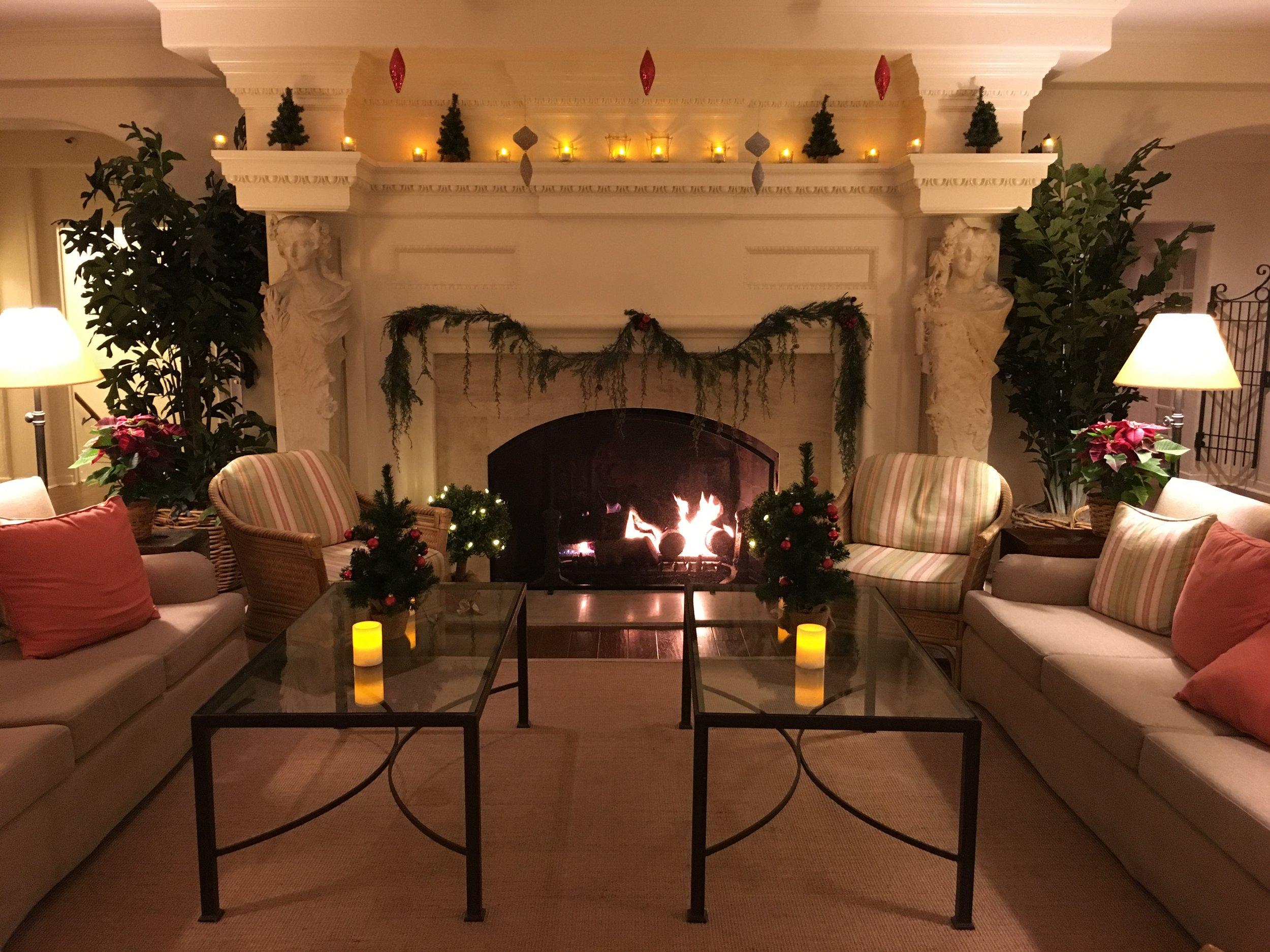 Crédit photo : Jaime Damak Le salon à l'hôtel La Playa Carmel-by-the-Sea, très « cozy »