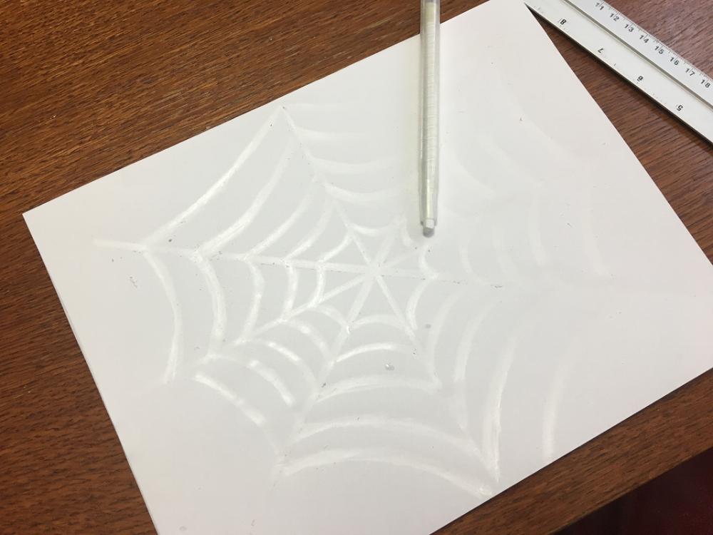 toile d'araignée invisible