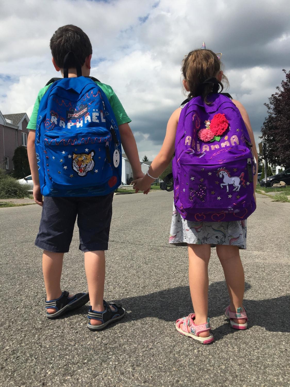 Sac à dos-Personnaliser-DIY-Bricoler-sac d'école-rentrée scolaire-école-enfants-famille-Omer Desserres-MamanBricole-#mamanBricole-Je suis une maman