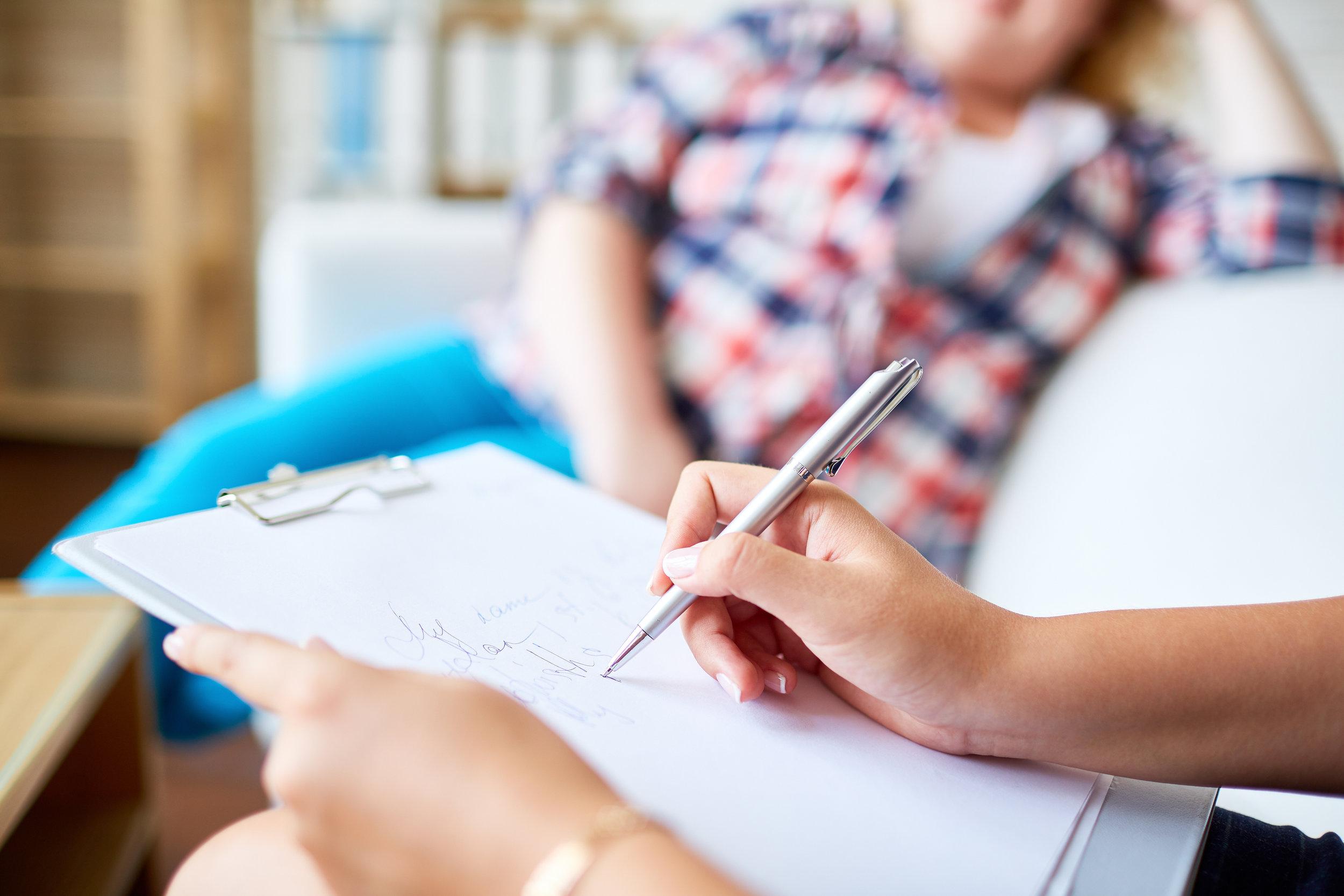 Psychologue-témoignage-réflexion-santé mentale-anxiété-tabou-parlons en-femme-Je suis une maman