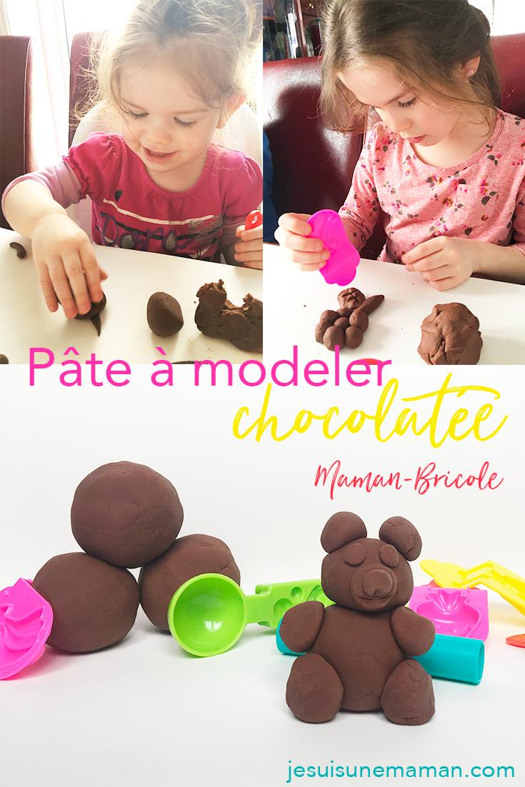 pâte à modeler au chocolat-chocolat-cacao-pâte à modeler-manipuler-motricité-jouer-Pâques-Activités-enfants-jeunes-jeu-MamanBricole-#MamanBricole-Je suis une maman