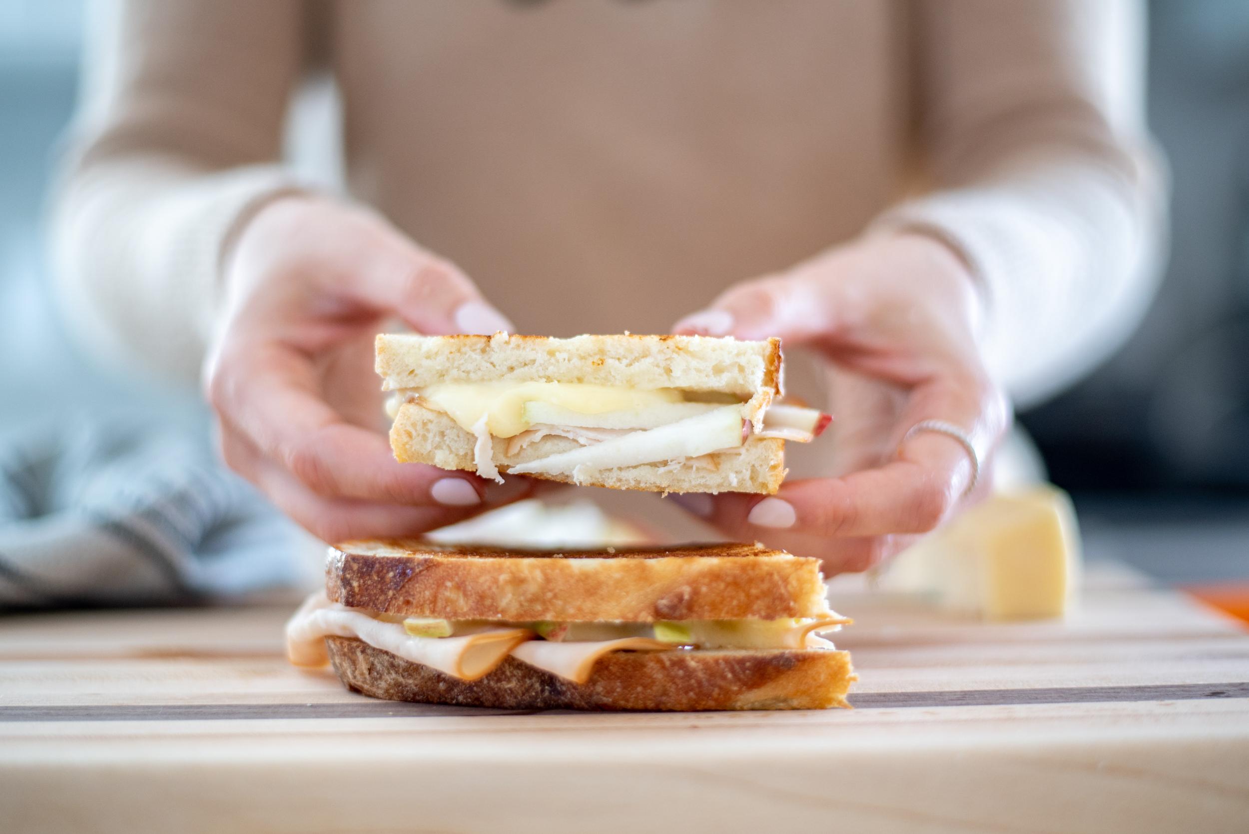 Grilles Cheese réinventé-recette-sandwich-diner-Maple Lodge Farms-Je suis une maman