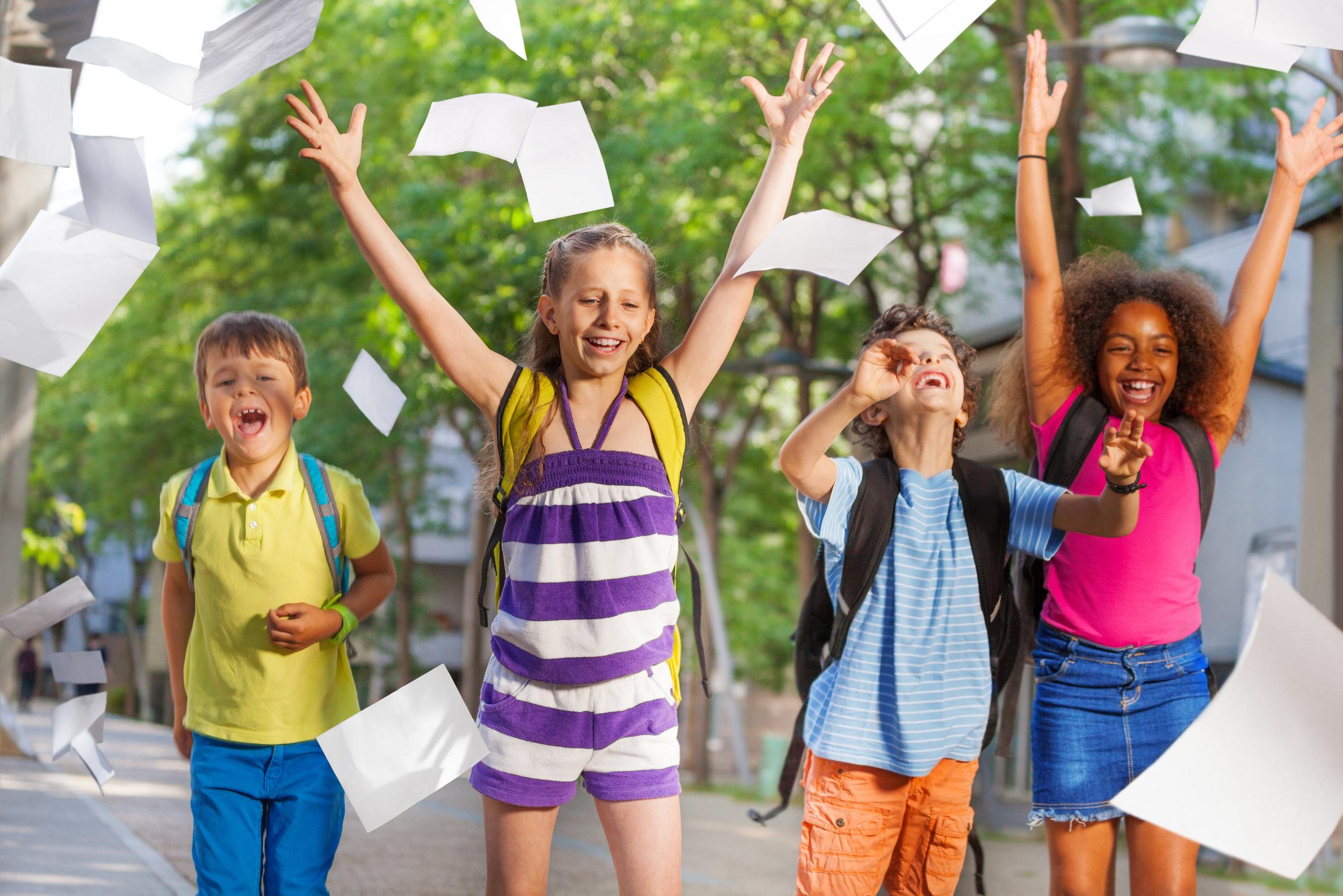 fin-de-l-année-vacances-scolaire-été-prof-enseignant-école-éducation
