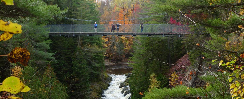 4 parc des sept-chutes.jpgactivité-famille-sport-physique-santé-randonnée-montagne-parc-7-chutes-beauce