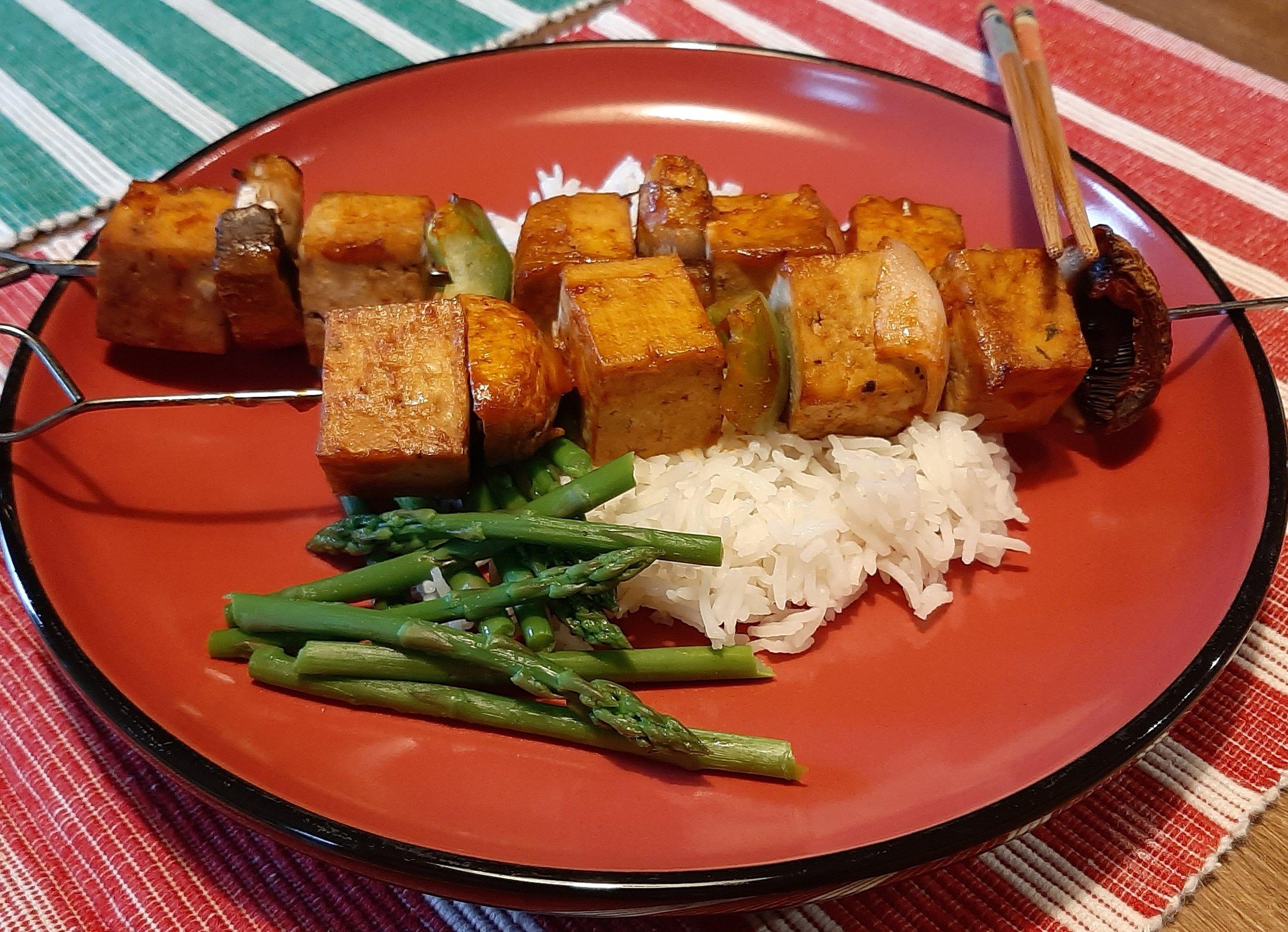 recette-végé-végétarienne-brochette-tofu-mariné-bbq-barbecue