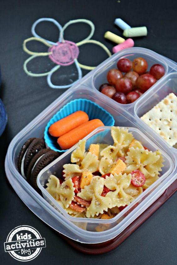 salade-pâtes-façon-bento-lunch-wow