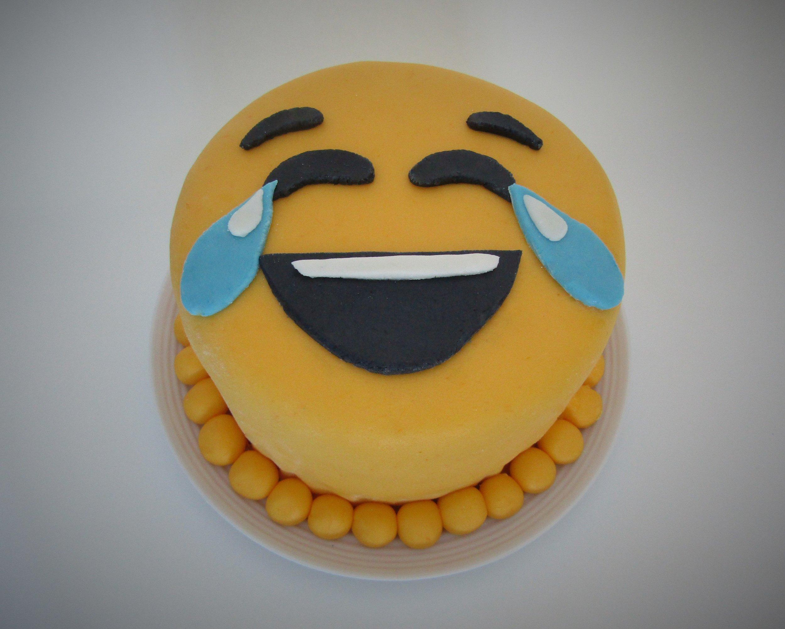gâteau-émoji-étape-par-étape-smiley