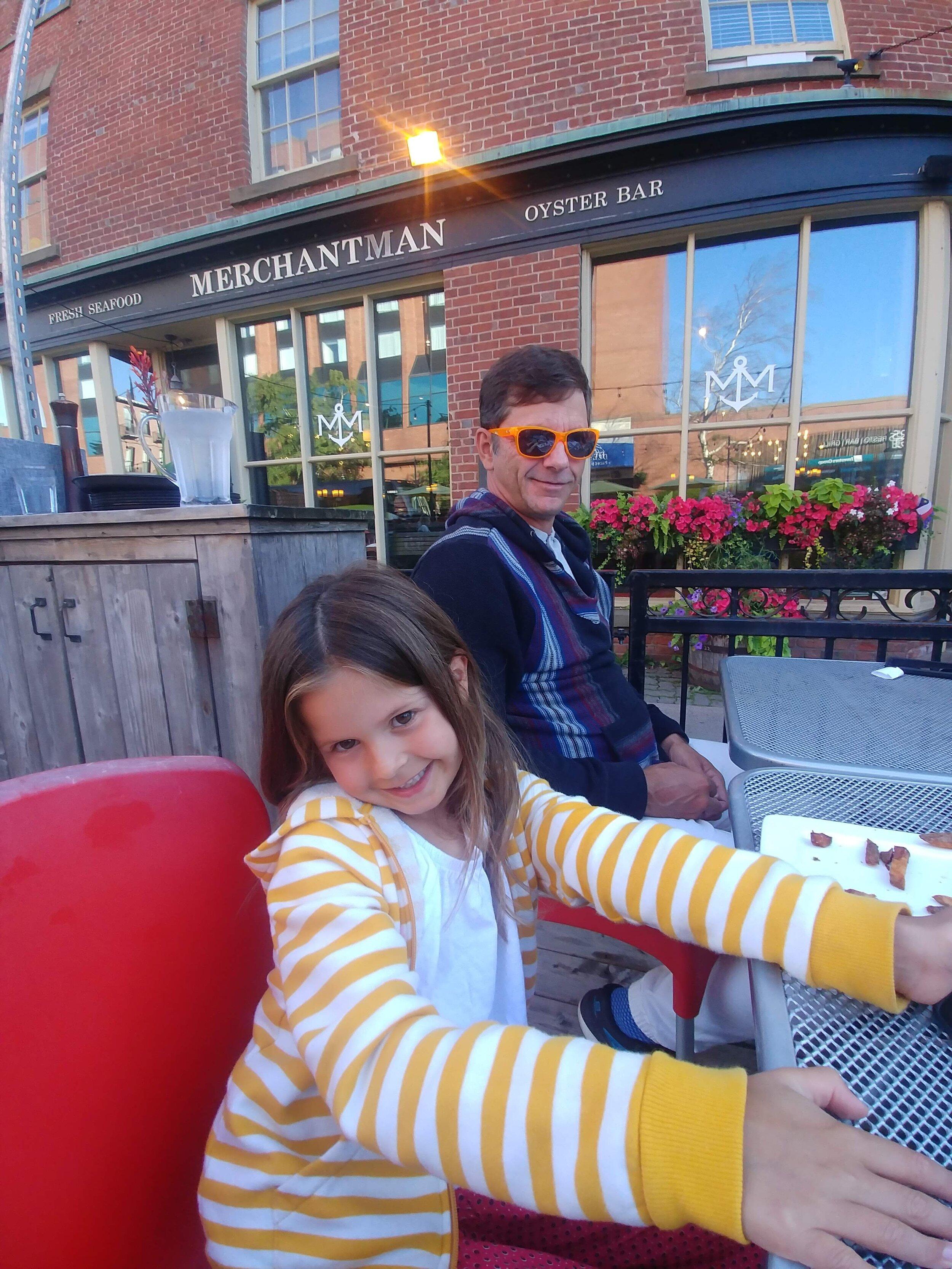terrasse-ipe-voyage-en-famille-wow-merchantman-enfants-bienvenus
