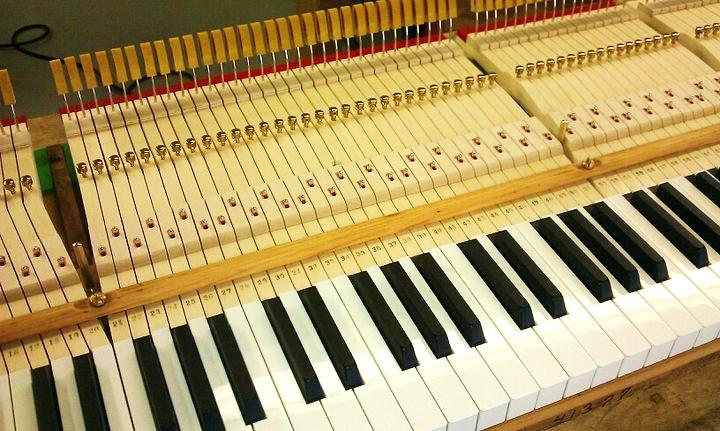 A custom retrofit keyboard that I made at Pianotek Supply for a 1932 Mason & Hamlin AA.