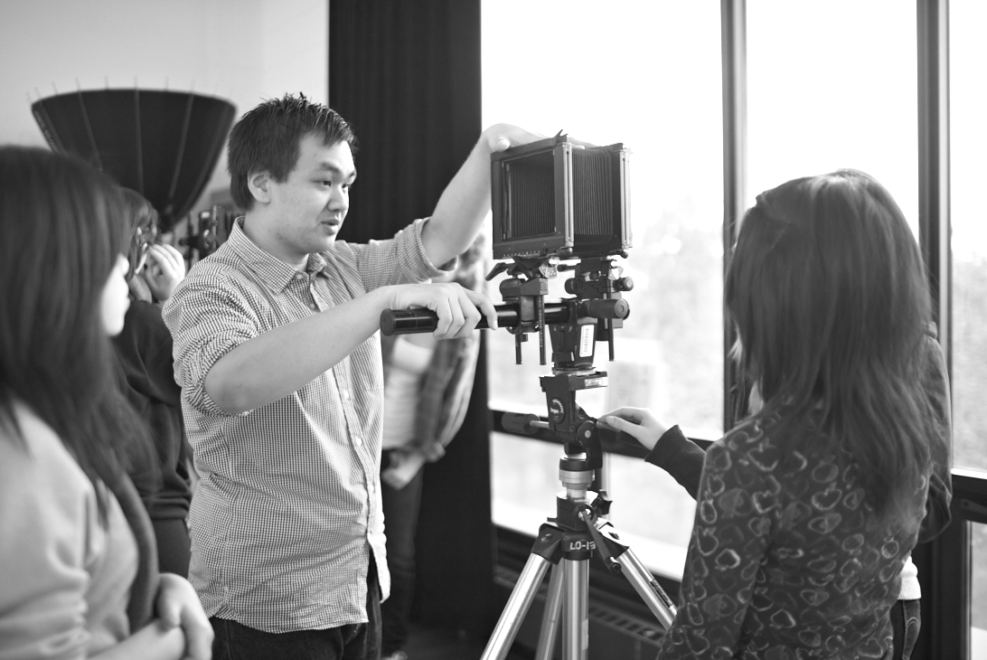 An in-class demo of 4x5 view cameras. Photo by Sammy Castillo