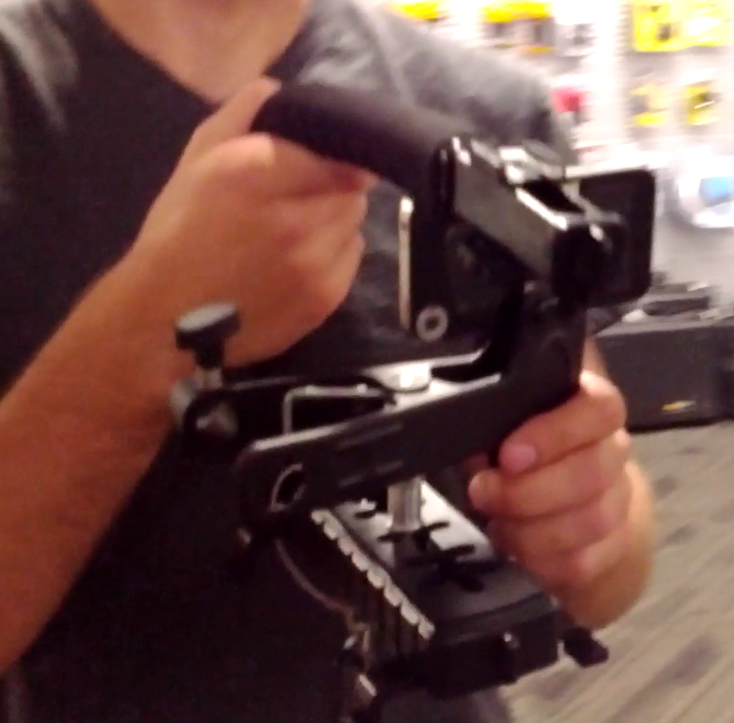 Caught on blurrycam: Jason's handle rig + Kupo Alli Clamp for Phone Video