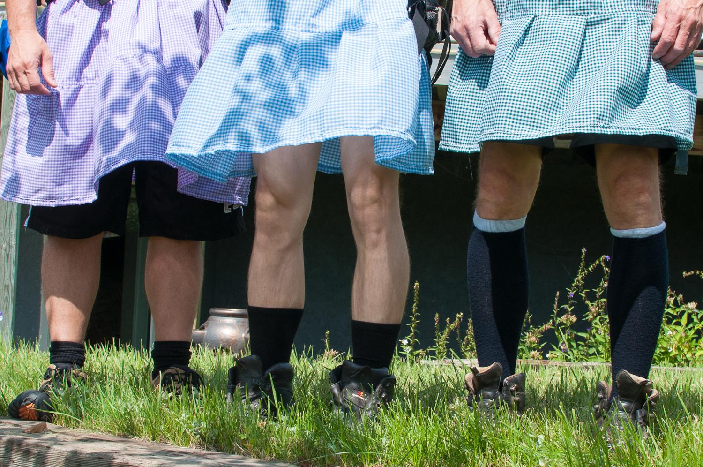 dustin-main-do-it-in-a-dress-2.jpg