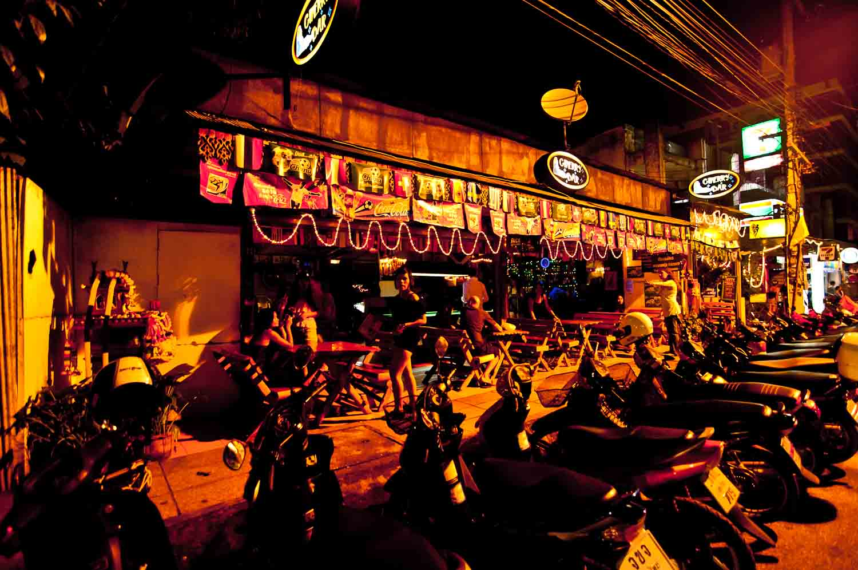 Nerdy Travel Tips: Ladyboys (Chiang Mai, Thailand)