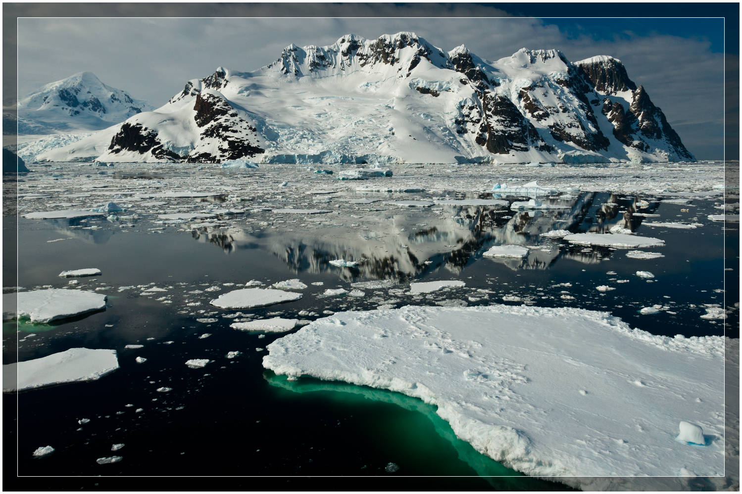 Antarctic Ice (c) Dustin Main 2010
