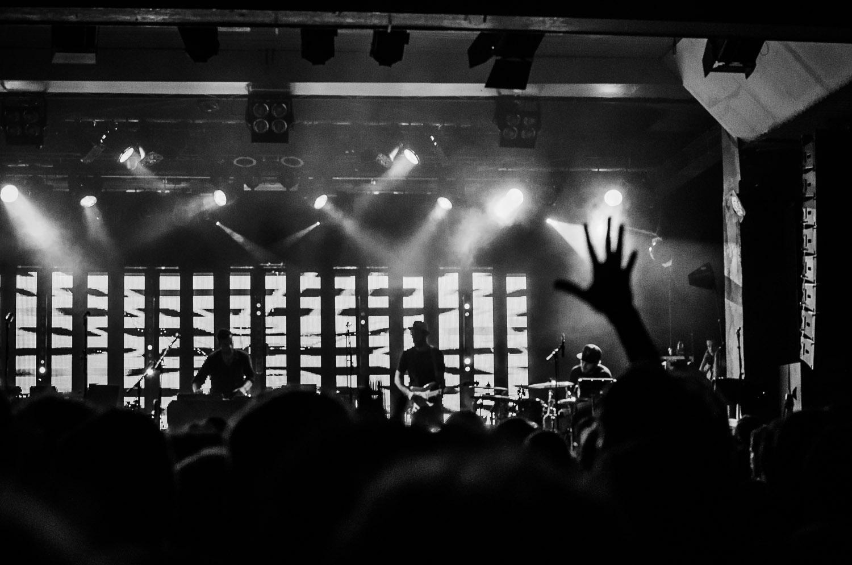 """Fingerthing""   Bonobo live in Berlin, Germany  © Dustin Main 2013"