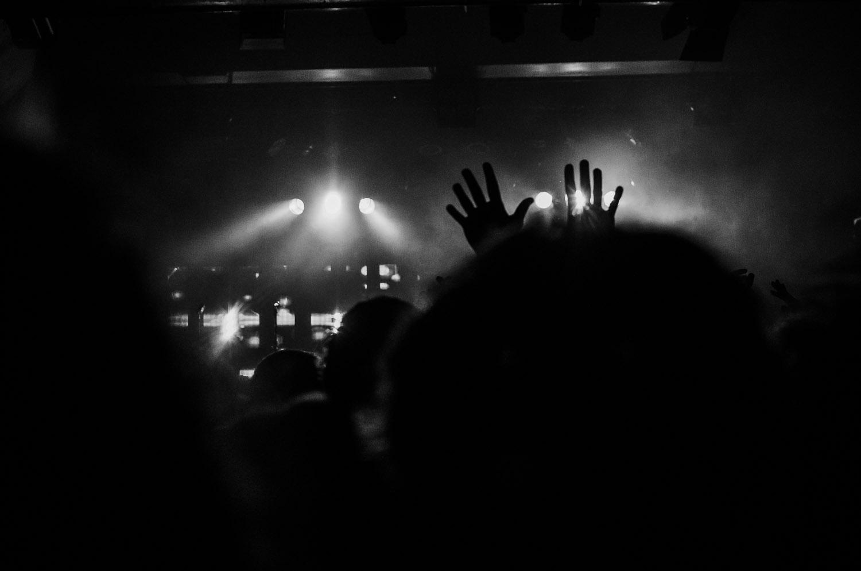 """Fingerthings""   Bonobo live in Berlin, Germany  © Dustin Main 2013"