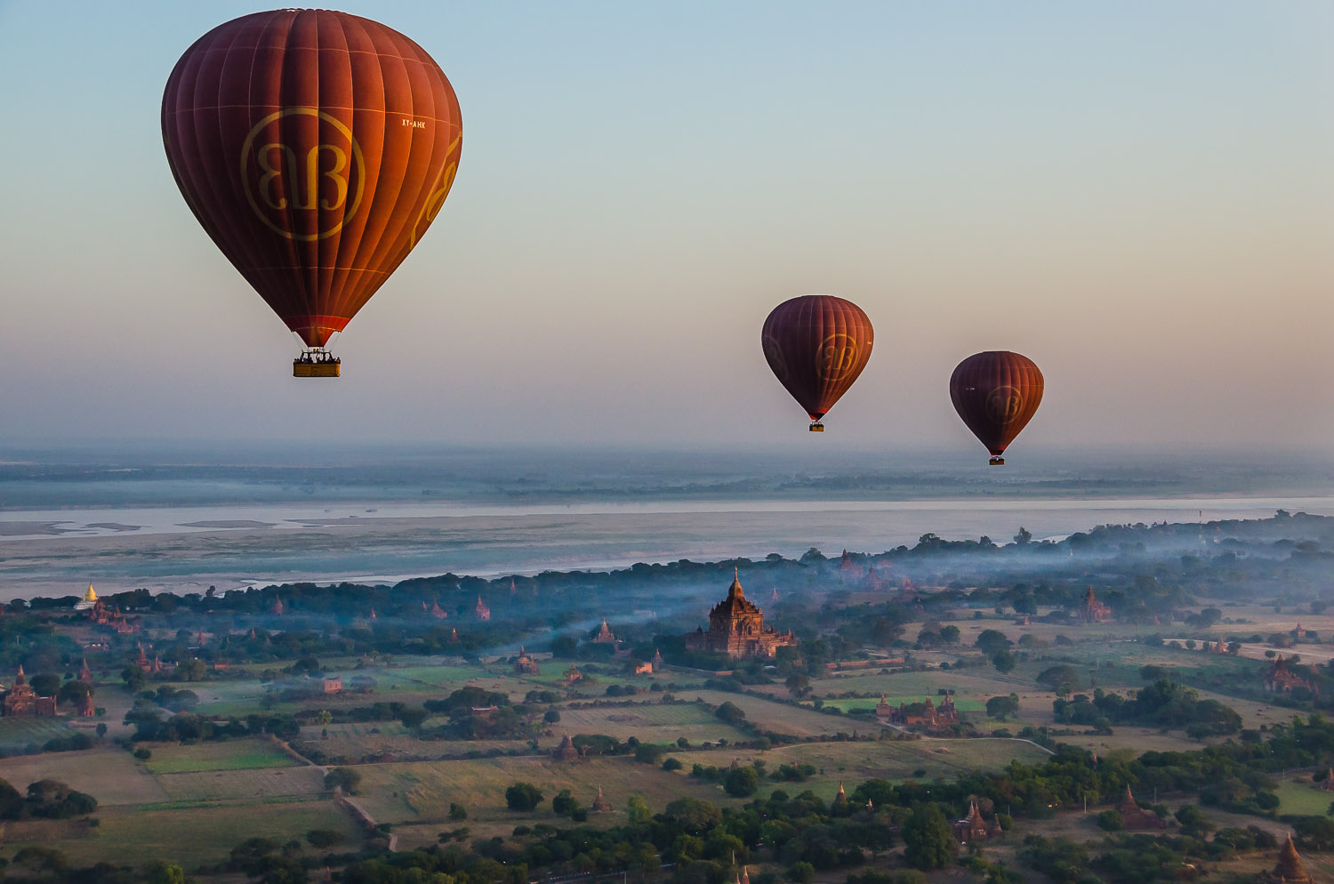 Sunrise from high above the temples of Bagan  © Dustin Main 2014