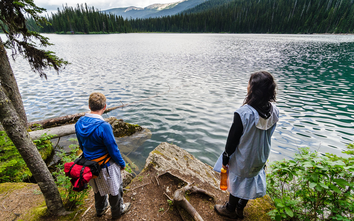 Sylvia & Fred overlooking Fish Lake.  Top of the World Provincial Park.  BC, Canada. © Dustin Main 2014