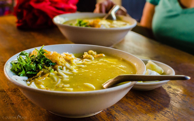 Mohinga: Breakfast of (Burmese) champions. © Dustin Main 2014