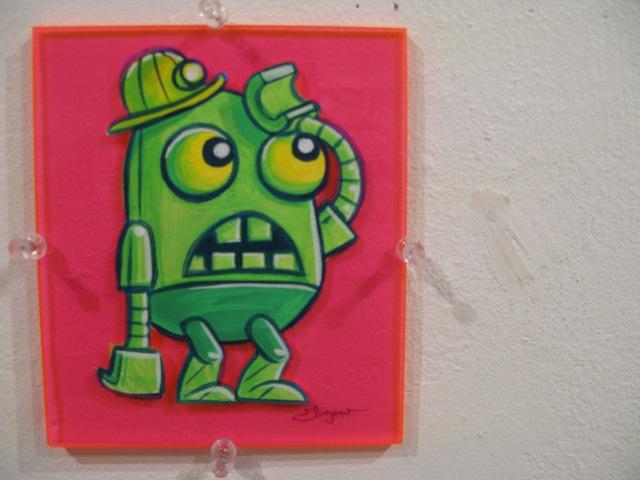 robot-on-pink-plexi_2479421194_o.jpg