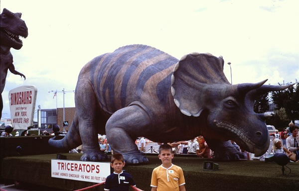 Triceratops-Doug-Ward-AOGHS.jpg