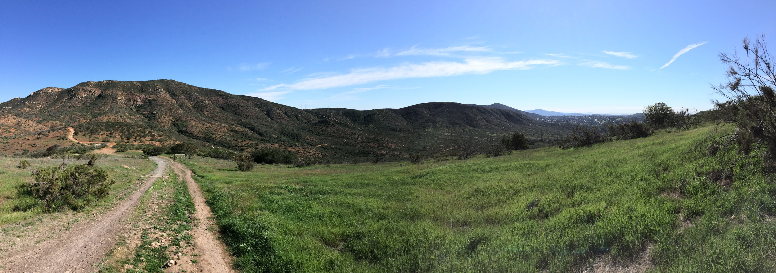 Descending into Suycott Valley, North Fortuna Mountain, Mission Trails Regional Park