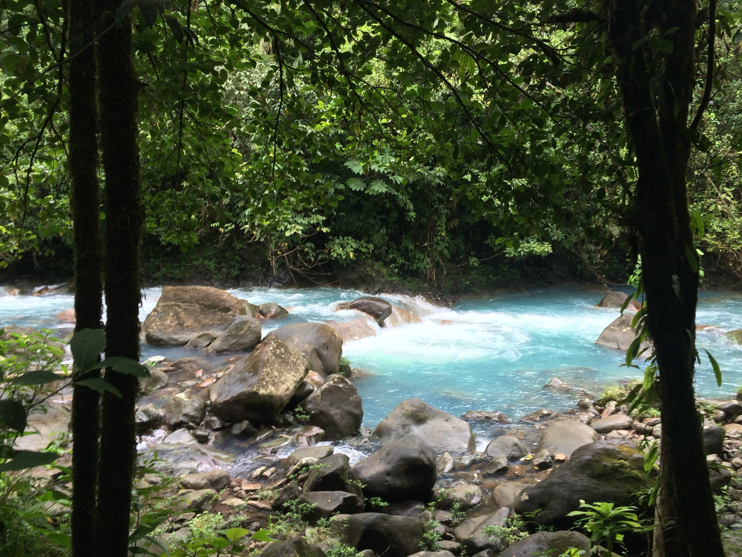 Rio Celeste before a downpour.