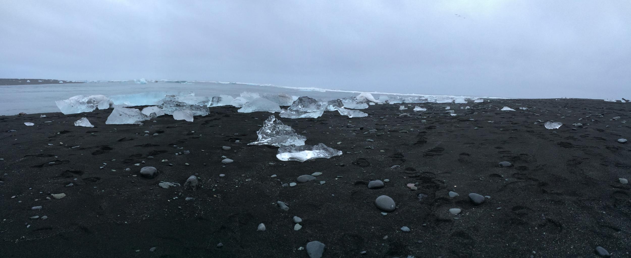 Icebergs, beach near Jokulsarlon Glacial Lagoon
