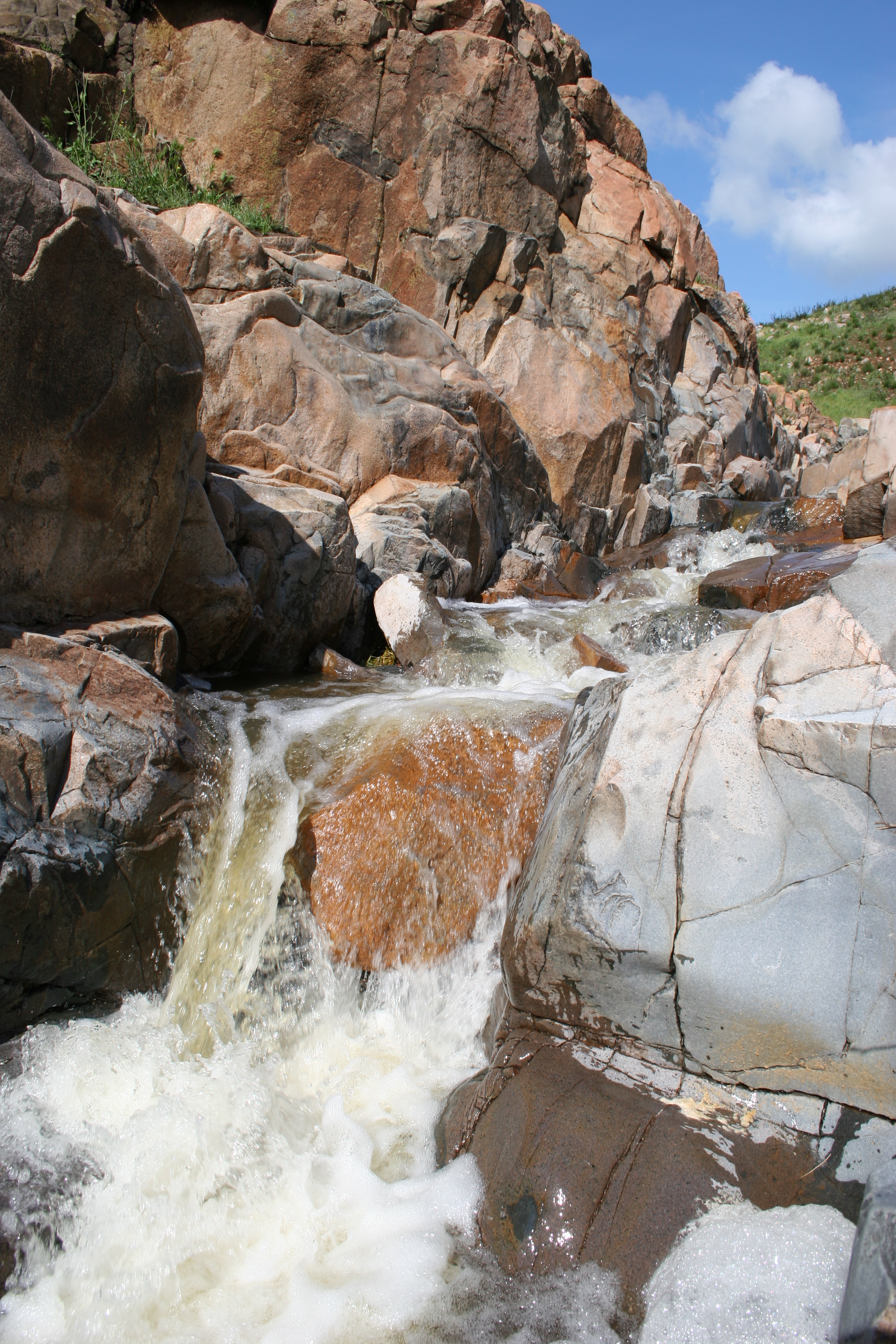 Although seasonal, the Oak Canyon Cascades can be quite powerful at times.